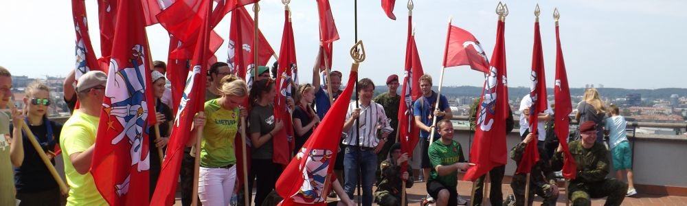 Mindaugines kitaip – bėgant su Vyčio vėliava rankose